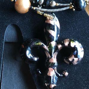 Jewelry - GORGEOUS Blown Glass Fleur de Lis Choker